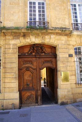 Bild: Portal in Aix-en-Provence