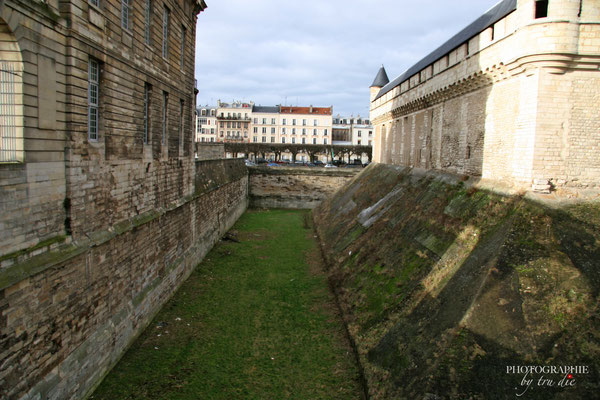 Bild: Ansichten Château de Vincennes in Paris