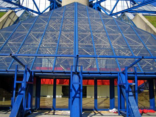 Bild: Palais Ominisports Paris-Bercy im Bercy Park in Paris