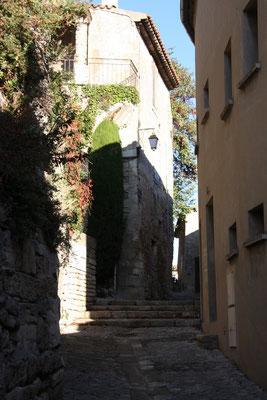 Bild: In den Straßen von Ménerbes