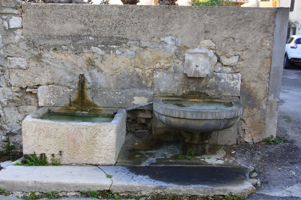 Bild: Fontaine Saint Pierre, Pernes les Fontaines