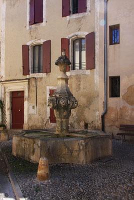 Bild: Fontaine du Gigot, Pernes les Fontaines