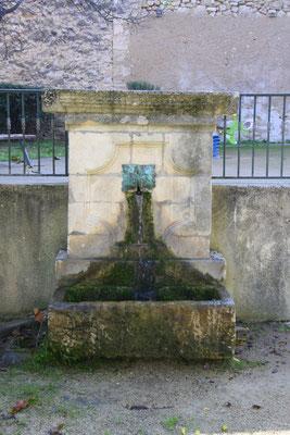Bild: Fontaine du Bourg merdeux, Pernes les Fontaines