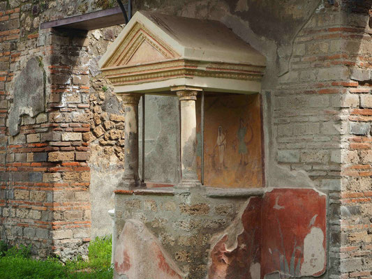 Many homes had a shrine, either in form of a small temple like structur or a niche in the wall.