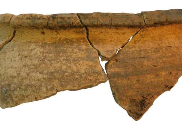 Marmite des XIIe et XIIIe siècles découverte sur le site stratégique de Cuerden. Copyright: Universiry of Salford