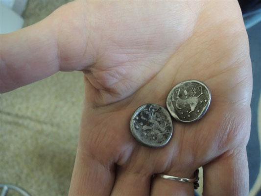 Le revers d'une pièce de monnaie, avec l'image d'un cheval qui court. Crédit : Karol Pieta, Académie slovaque des sciences (SAV)