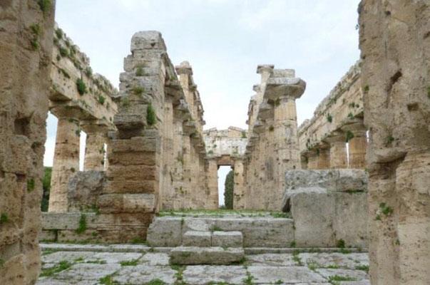 Intérieur du Temple : la salle principale