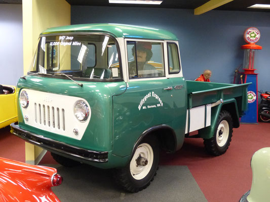 Jeep FJ Frontlenker