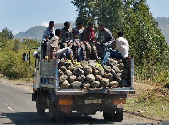 Elfenbeinküste 2009: kombinierter Personen-und Güterverkehr
