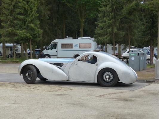 ... aber schnell festgestellt: dieses Einzelstück ist kein Bugatti 57 Atalante...
