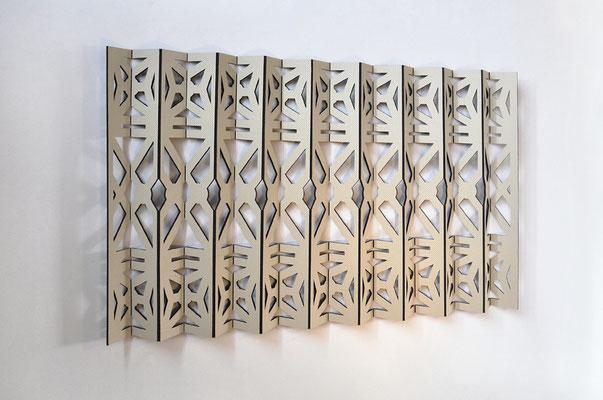 plissée, 2017  Mdf, Autohimmelstoff  82 x 130 x 8 cm