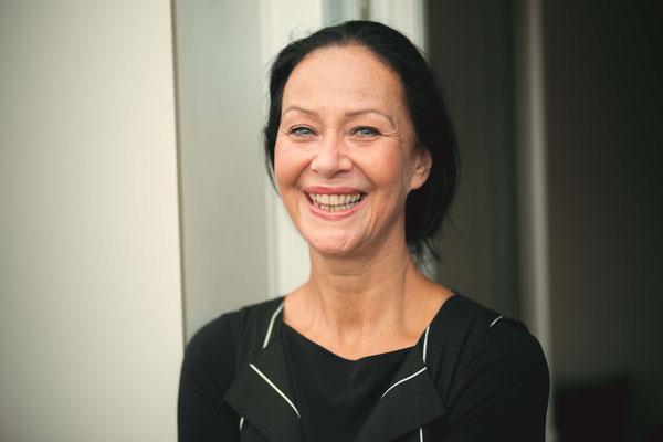 Claudia Engel - 2021