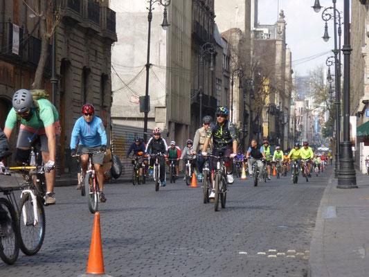 Le dimanche la ville est aux cyclistes