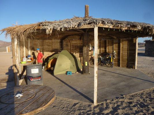 Notre paillote sur la plage d'Alfonsina