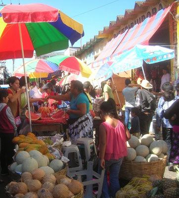 Sur le marché de Huéhué