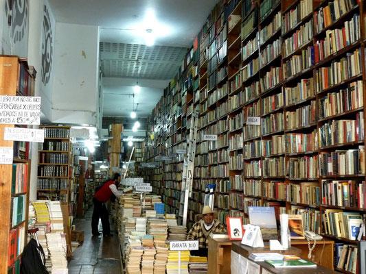 L'une des nombreuses librairies du centre ville