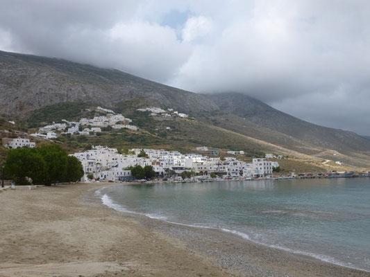 Amorgos, le port et la plage d'Aegali