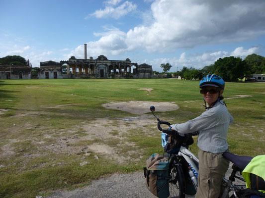 Hacienda abandonnée qui faisait vivre tout un village