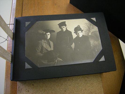 Restauriertes Fotoalbum