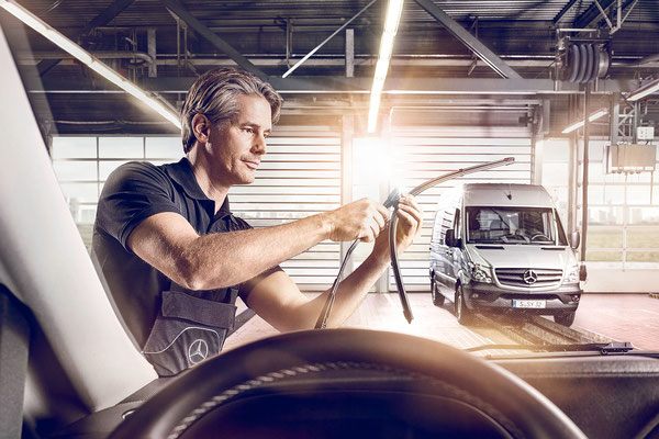 Mercedes-Benz Vans | Service Brochure