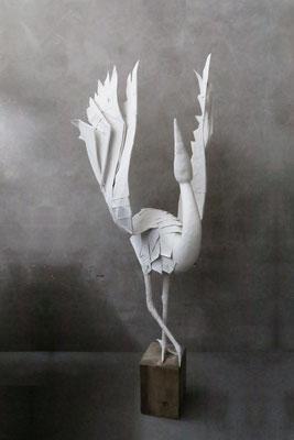 Origamiskulptur Kranich Frontansicht