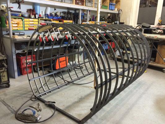 Stahlskelett Zylinder (liegend)