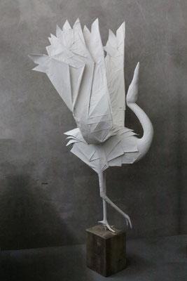 Origami Skulptur Kranich Seitenansicht