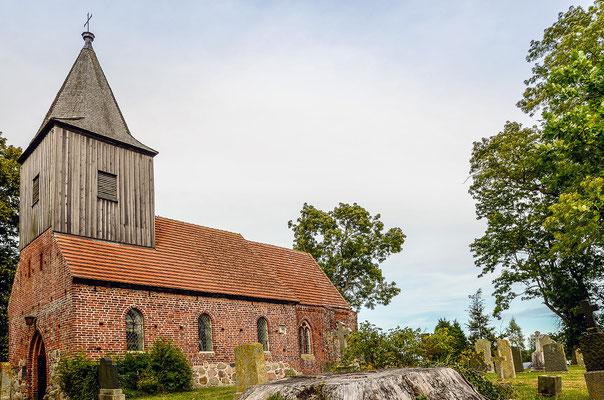 Aus dem 14. Jahrhundert: Dorfkirche von Groß Zicker