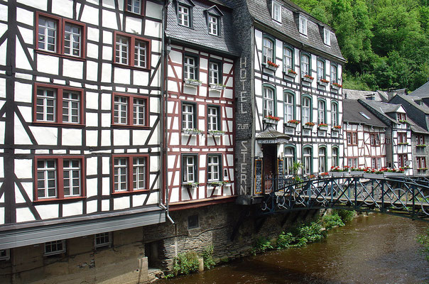 Häuser oberhalb der Rur in Monschau