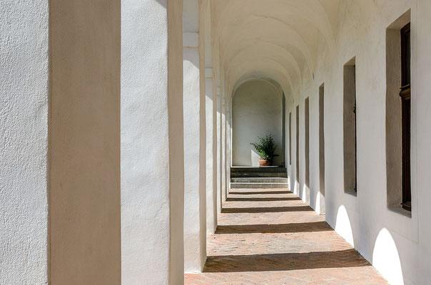 Säulengang von Schloss Velhartice