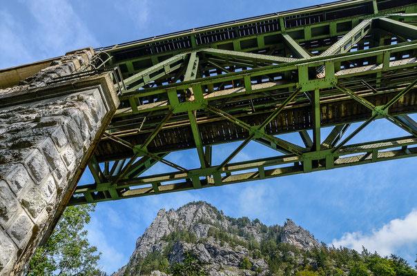 Eisenbahnbrücke über der Enns