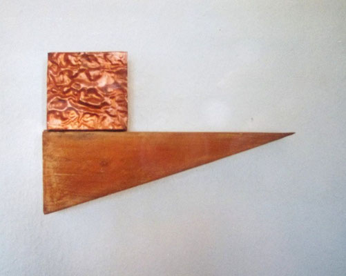 Awake, copper, wood 1998 L 32cm fixed on the wall