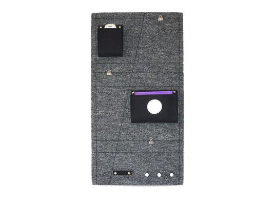 Schlüsselboard hochkant grau-meliert anthrazit mit Punkt weiß