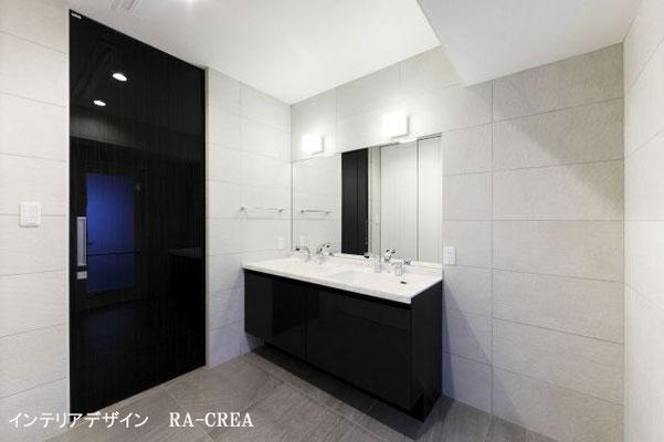 壁と床のタイルと洗面化粧台の色のバランスがとても良かったです