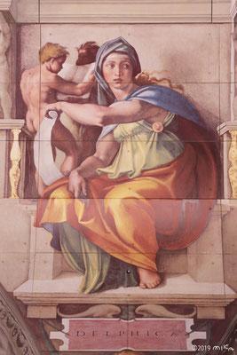 「デルフォイの巫女」を15m下から見た写真①(大塚国際美術館)