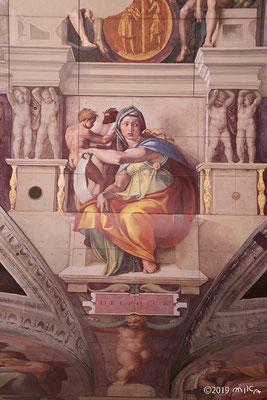 「デルフォイの巫女」を15m下から見た写真(遠景)大塚国際美術館