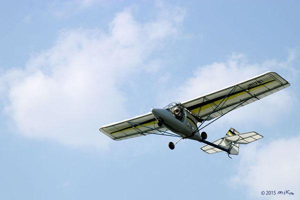 小形の飛行機②