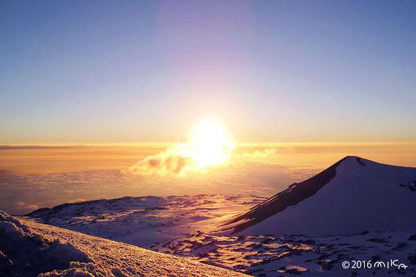 マウナケアの夕陽(ハワイ島)