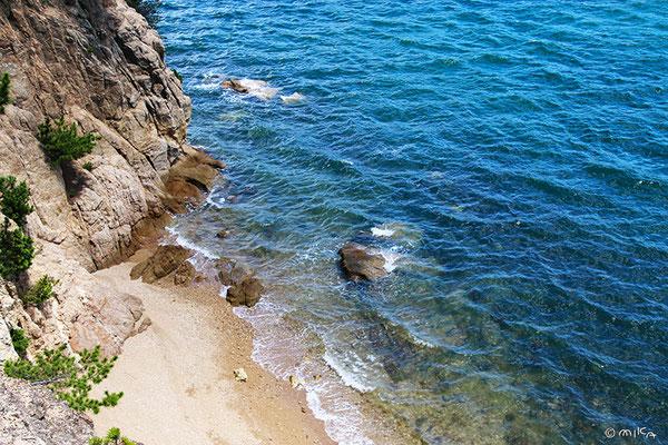 約束の丘展望台からの海