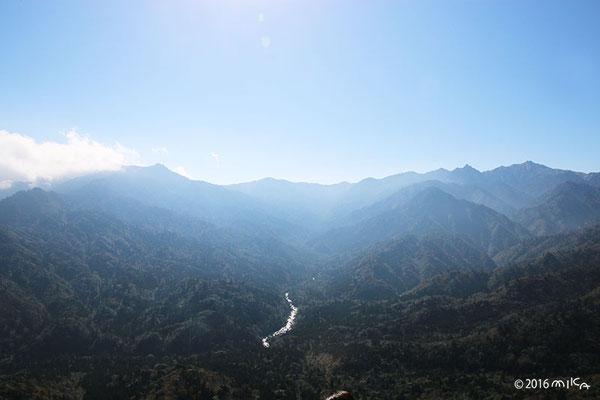 太鼓岩からの景色(屋久島)