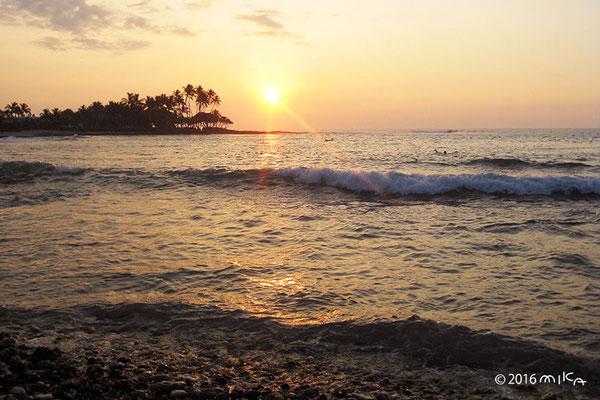 サンセットビーチ(カワイハエ湾/ハワイ)