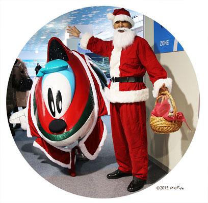 カンクンがサンタになる(関西国際空港)2015年12月