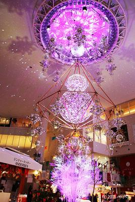 光のヒンメリ2015(阪急百貨店梅田本店の祝祭広場)梅田スノーマンフェスティバル2015