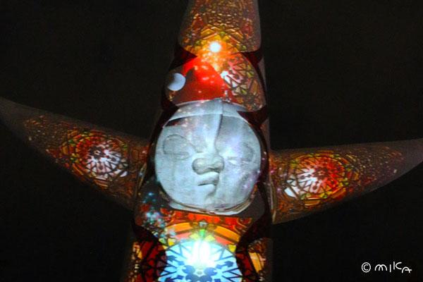 太陽の塔のサンタ(イルミナイト万博2012年)