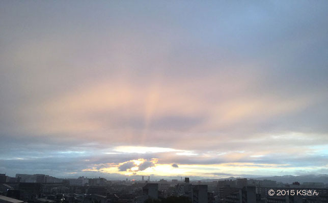 虹の日の西の空(2015年9月17日17時55分頃)大阪府KSさん