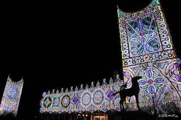 スッパリエーラ「光と音の大パノラマ」②(東遊園地・南噴水広場)/神戸ルミナリエ2016年