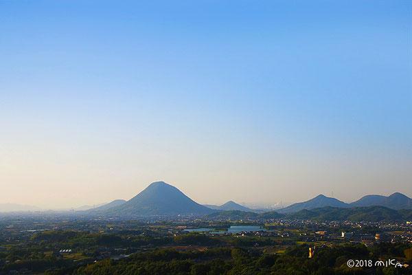 讃岐富士と讃岐の山々