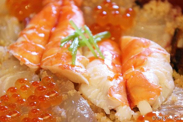 お刺身のちらし寿司
