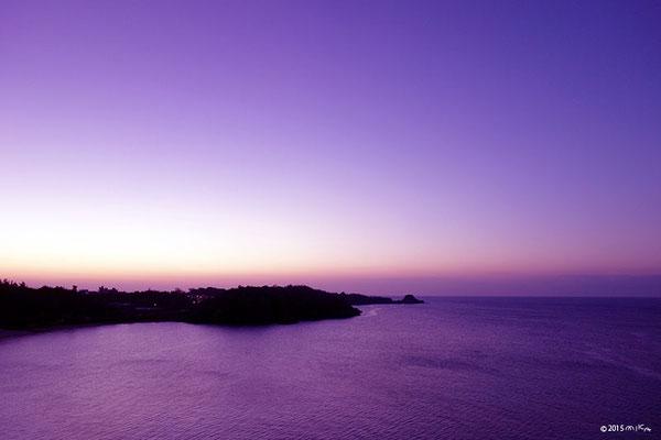 夕暮れ時の海(恩納村/沖縄)