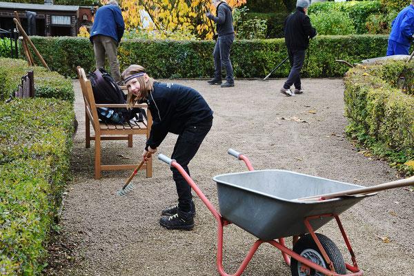 Unsere Nachwuchs-Gärtner-Generation bei der Arbeit! Foto: Sandra Borchers